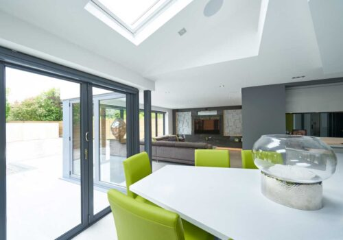 Open Plan Kitchens and Sitting Areas